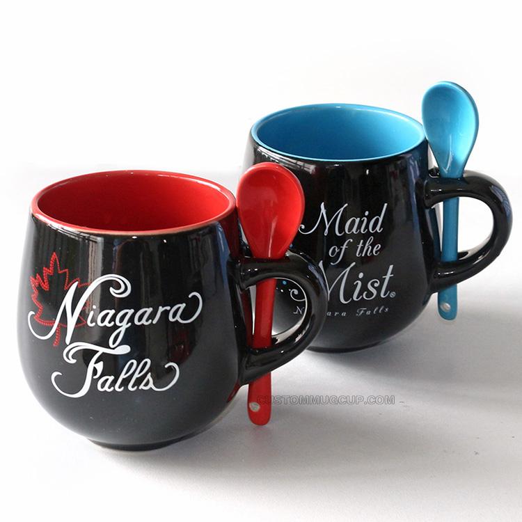Barrel mug with spoon